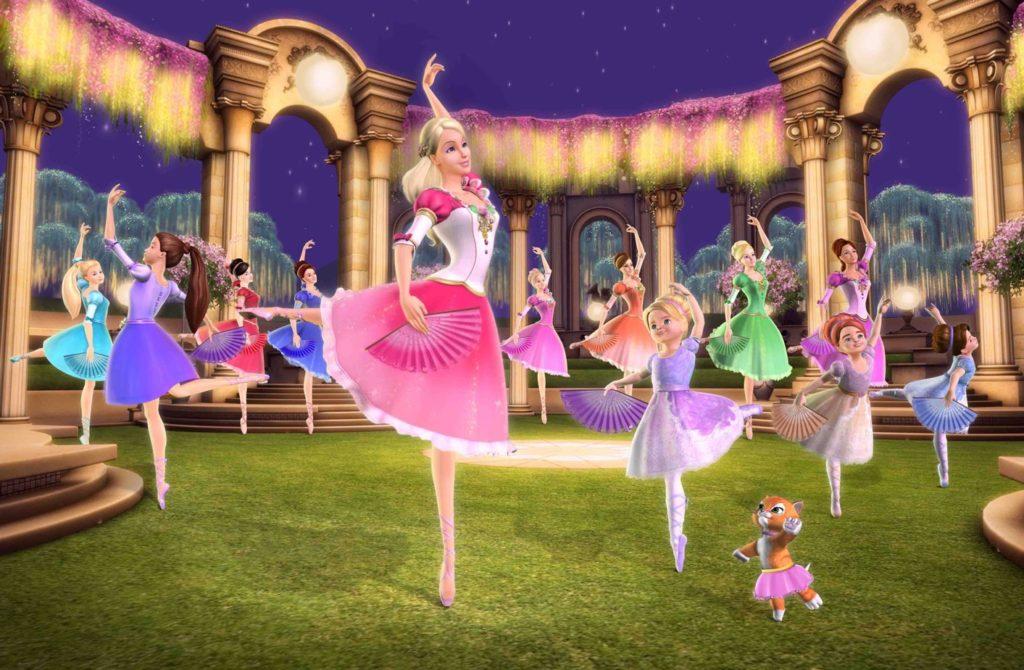 Барби и 12 танцующих принцесс 30 место в списке